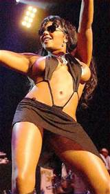 All lil kim pussy pics are not