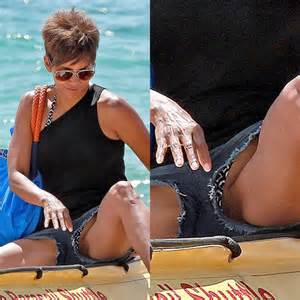 Halle Berry allows her bare crotch to see the sunlight - Star Private