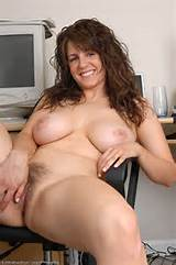 Big Tits Brunette Hairy MILF Pussy