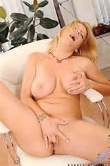 hot cougar mom videos anilos videos hot cougar moms