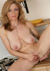 Source: cougars.xxx , via nude-wives-and-girlfriends-naked )