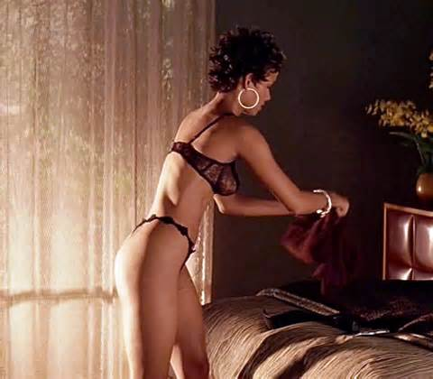 HALLE BERRY ASS NUDE |