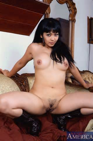 Mika Tan gives up the juicy bits from Naughty America