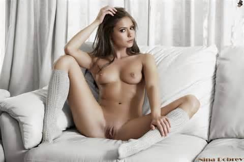 Nina Dobrev full nude pussy! | Celebs Wonderland