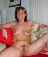 Shown at: http://xhamster.com/photos/view/971696-16082377.html
