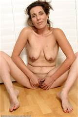 ... hanging tits tits breasts boobs milf mom mature shaved pussy pussy