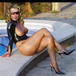 Kim Basinger nudes